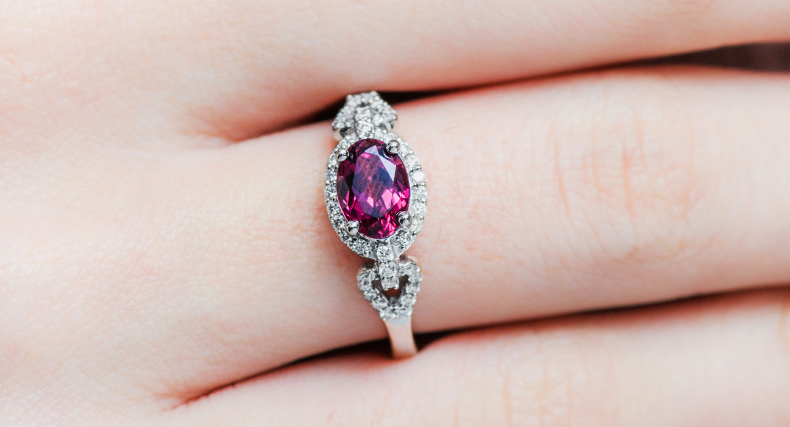 garnet january birthstone art deco ring