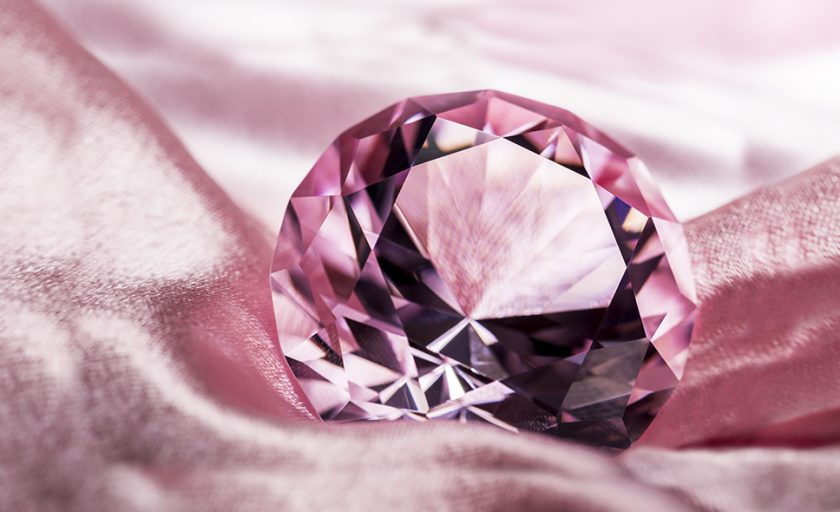 Fancy Color Diamonds: a Game of Tones