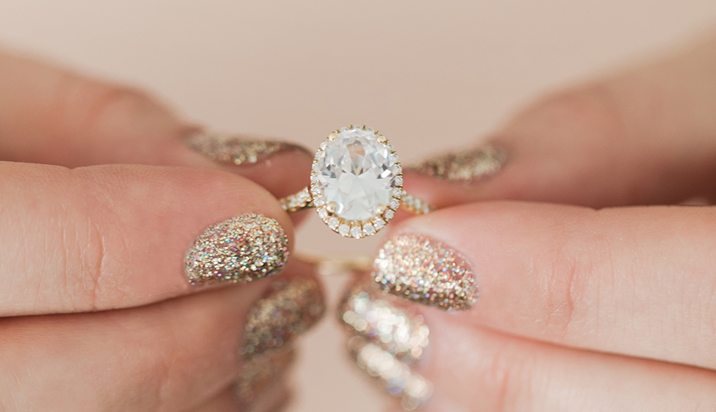 oval halo yellow gold engagement rings