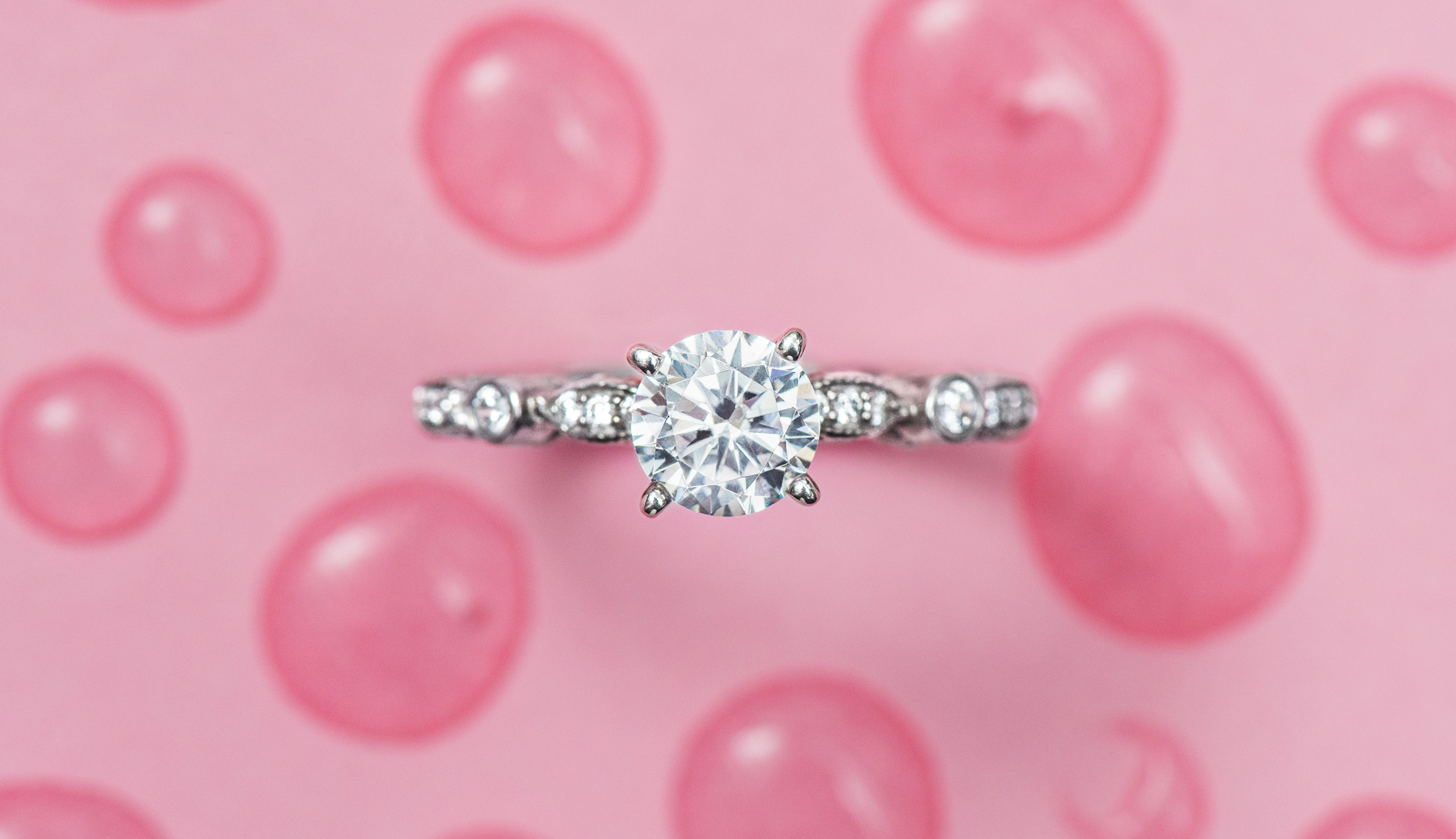 Round Cut Diamonds with Brilliant Sparkle - The James Allen Blog