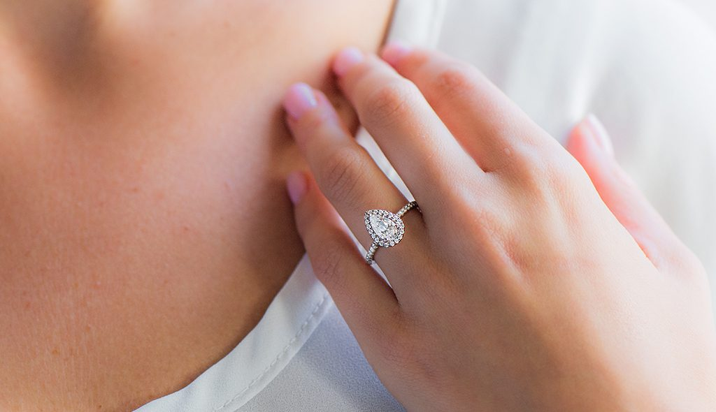 Reasonable Enement Rings | 11 Gorgeous Affordable Engagement Rings The James Allen Blog