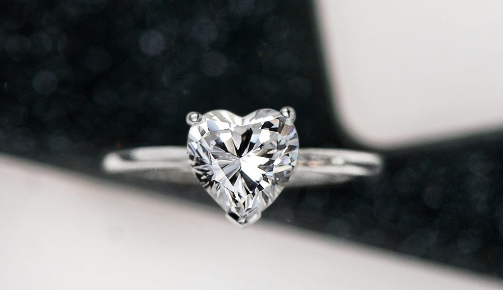 heart shaped diamonds solitaire engagement ring classic unique