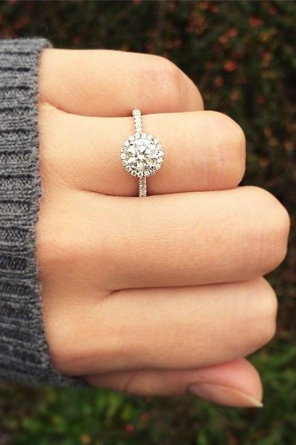 Engagement rings on Pinterest