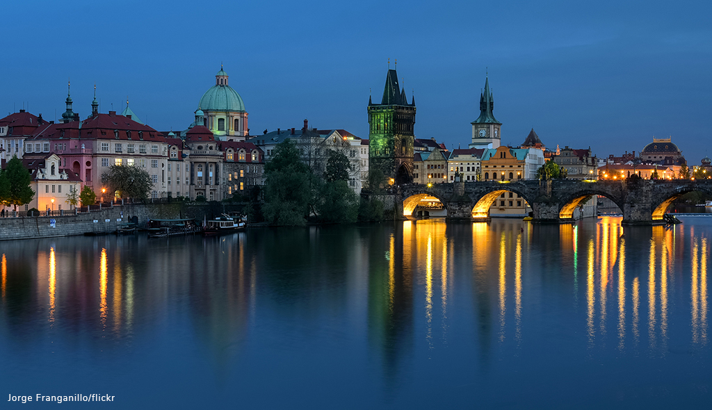 places to propose charles bridge prague