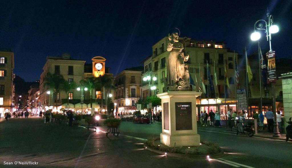 places to propose piazza tasso sorrento
