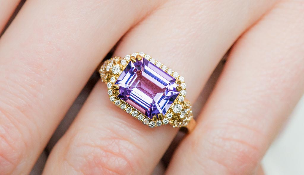 february-birthstone-emerald-cut-amethyst-pavé-diamond-ring-cover-image