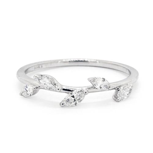 14K White Gold Leaf Motif Diamond Ring
