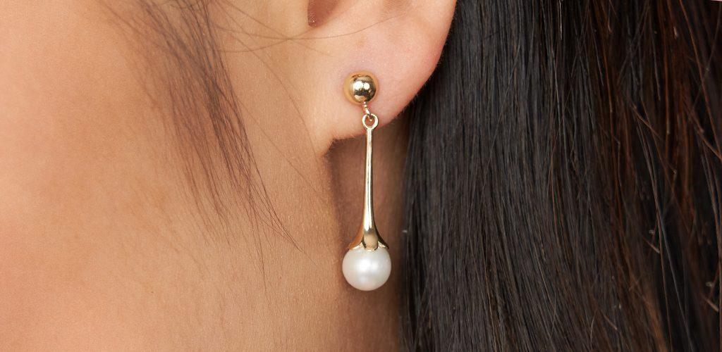 jewelry gift - yellow gold pearl drop earrings