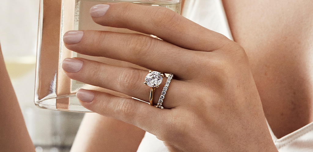 The Right Way To Wear A Wedding Ring