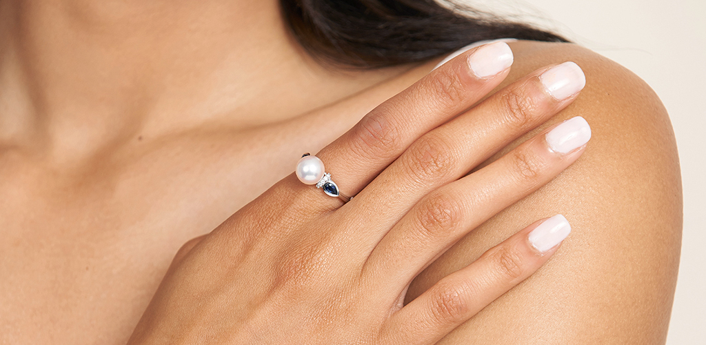 14K White Gold Akoya Cultured Pearl And Bezel Set Sapphire Ring