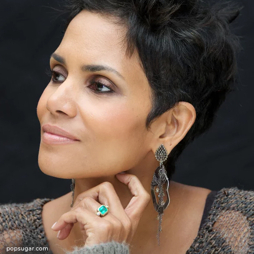 Halle Berry wearing emerald engagement ring