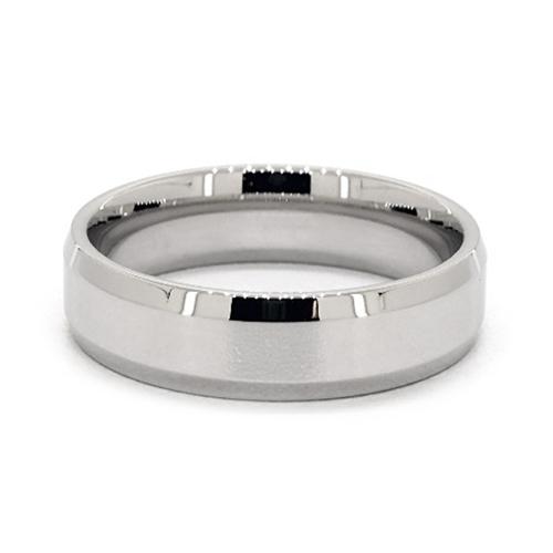Platinum 6mm Comfort-Fit High Polished Beveled Edge Band