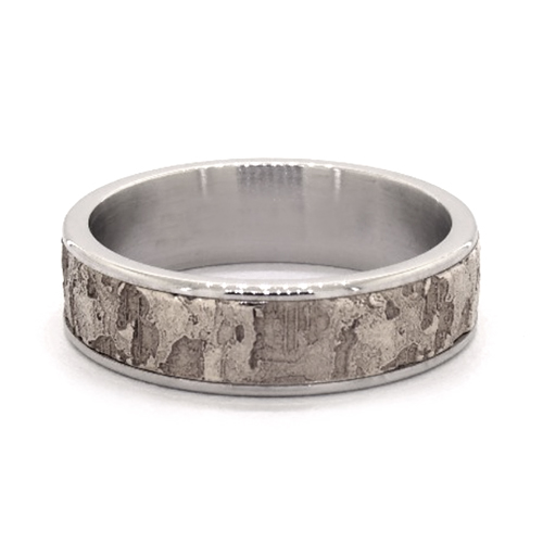 14K White Gold Fractured Texture Center And Grey Tantalum Edges 8mm Ring