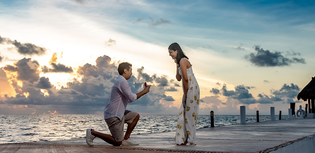 Summer Proposal On The Beach Front