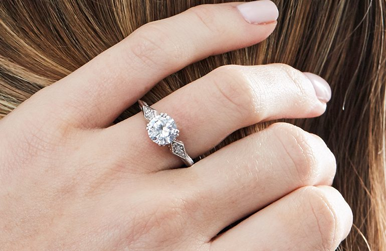 cover-10-Timeless-Vintage-Engagement-Rings-Blog-Update-copy