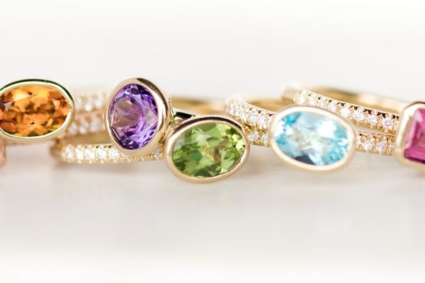 cover_Blog-Should-You-Get-a-Gemstone-Engagement-Ring